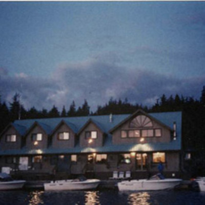 Nighttime at the floating lodge